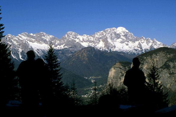 Salendo al Rifugio la Val di Zoldo e il Civetta