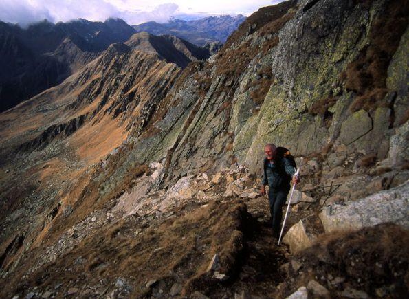 9-il-sentiero-a-monte-del-rifugio